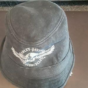 🙋♀️🙋♀️ HARLEY DAVIDSON....hat 💃💃💃